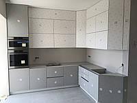 Кухня на заказ rehau blum