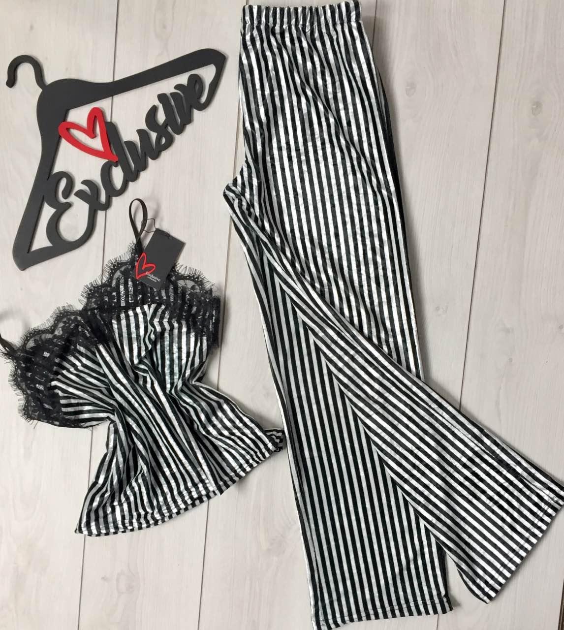 Велюровый комплект в полоску с кружевом штаны и майка, одежда для дома.