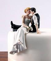"""Фигурка на свадебный торт """"Влюбленный взгляд"""", красивые и оригинальные свадебные фигурки"""