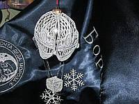 Новогодний, елочный, серебряный шар, винтажный стиль. Новогодний декор. Воздушный шар на елку.