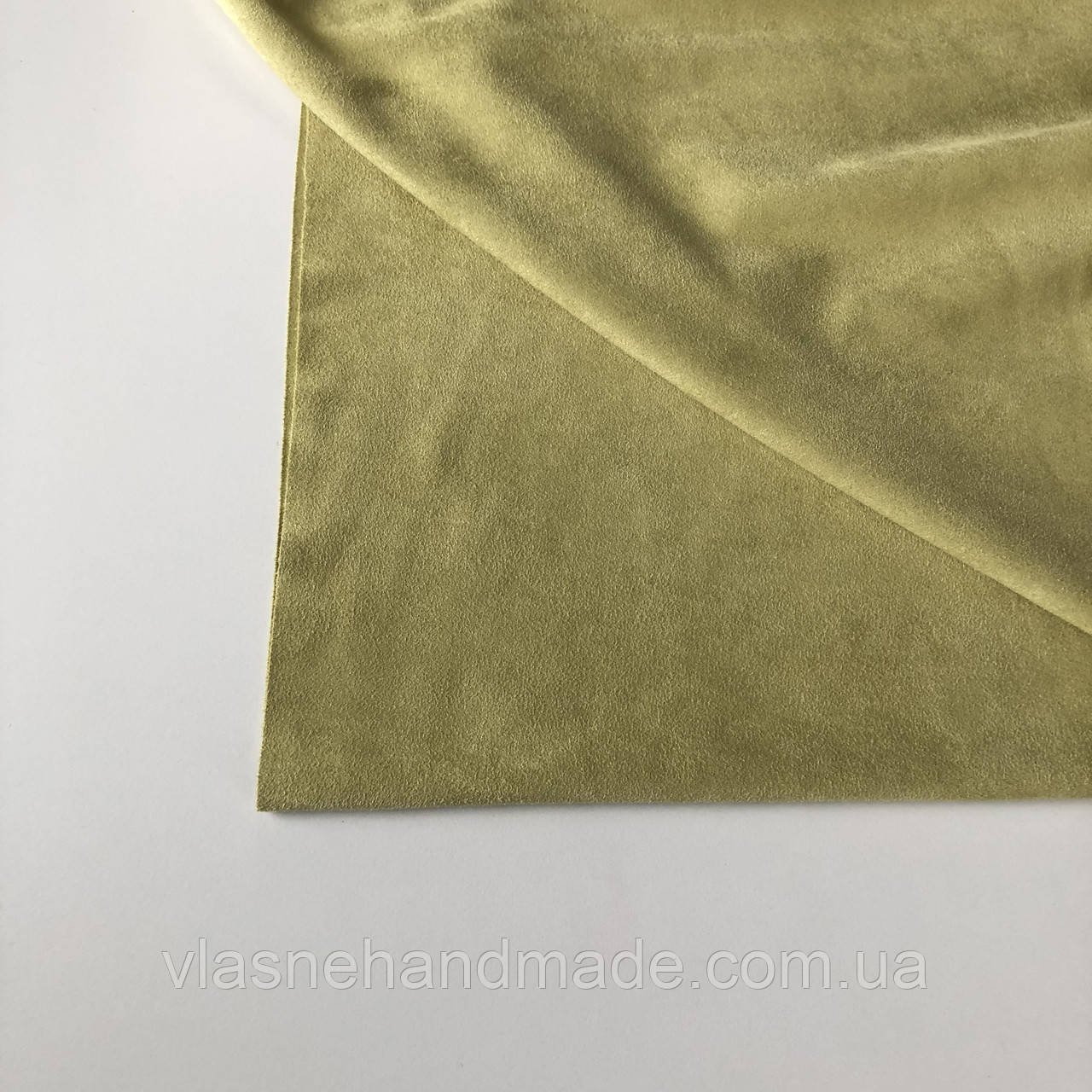 Замша штучна двостороння. Світла олива (13-14). Ціна за відріз 25х36 см.