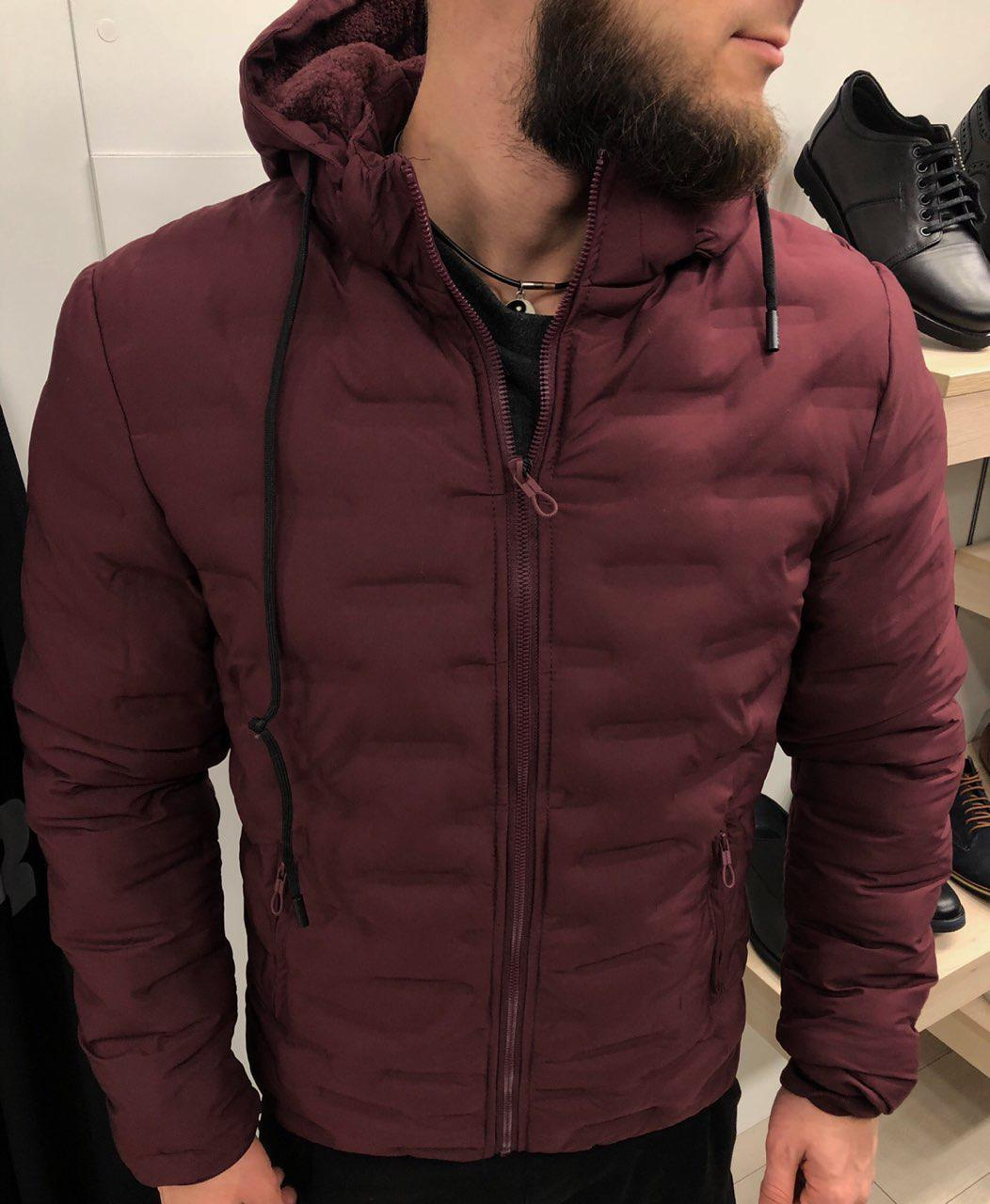 Мужская зимняя куртка на молнии бордовая