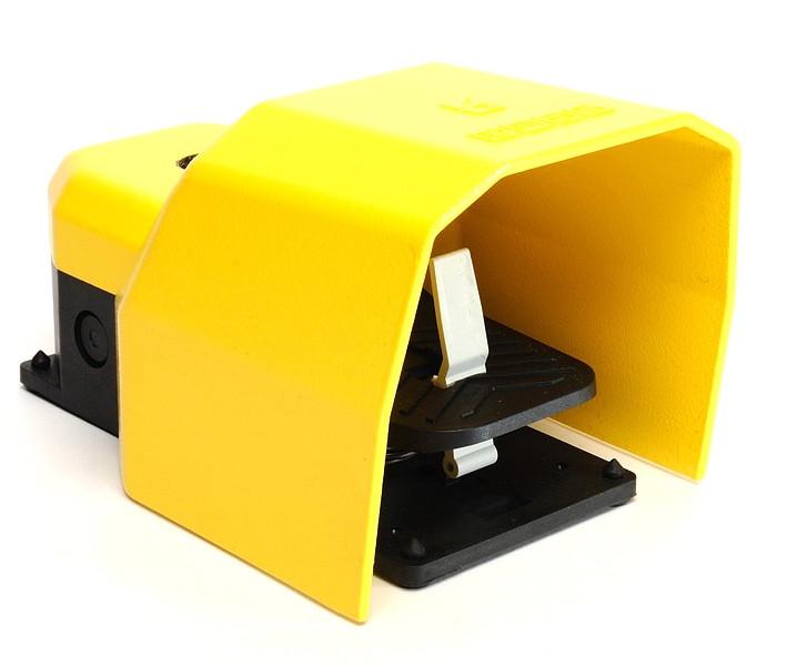Педаль пластмассовая в алюминиевом кожухе (1НО+1Н3) с возм. подкл. аксессуаров