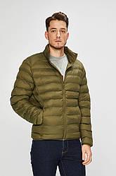 Мужская легкая стеганая куртка цвета хаки от Mustang Jeans в размере M