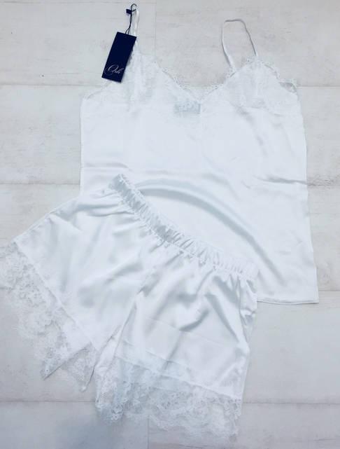 Женская шелковая пижама белая 002