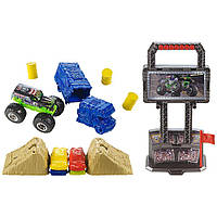 Hot Wheels Игровой набор Арена для трюков с машинкой Монстр Джэм 1:64 Monster Jam Crash and Carry Arena Play Set