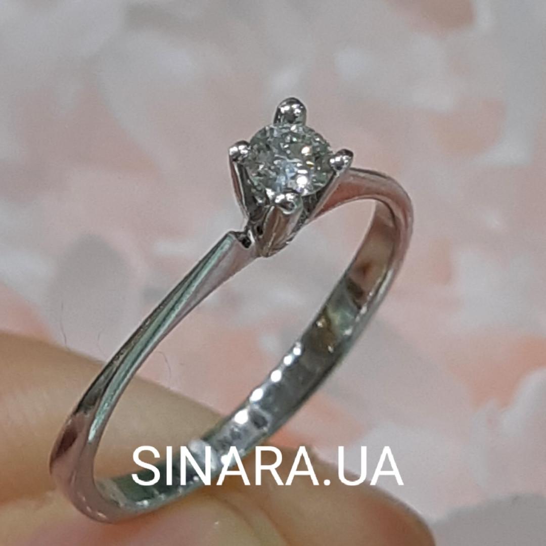 Кольцо из белого золота с одним бриллиантом р.17.5 - Бриллиантовое кольцо из белого золота 17.5 р.
