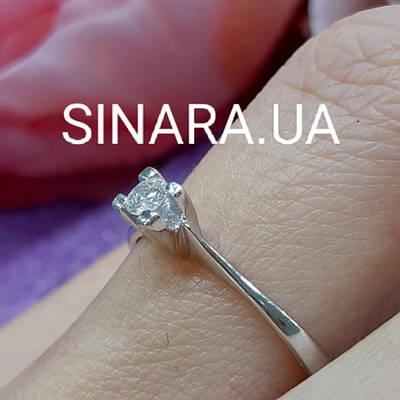 Кільце з білого золота з одним діамантом 18 р. - Золоте кільце з діамантом біле золото 18 р.