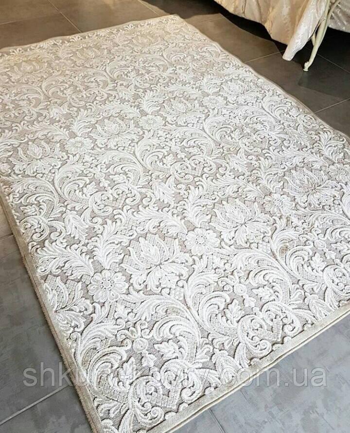 Светлые классические ковры в Киеве из Бельгии