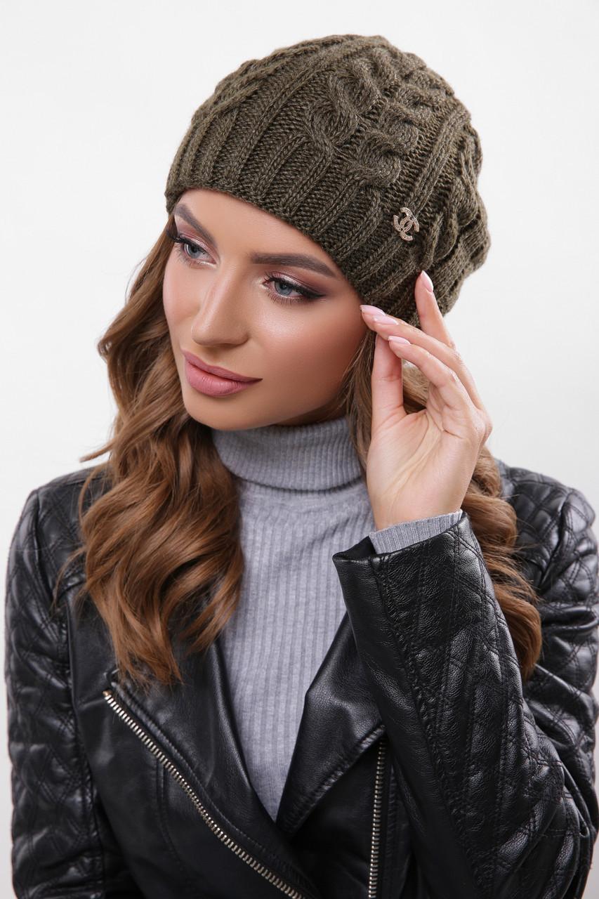 Теплая женская вязаная шапка бини в косички цвет хаки