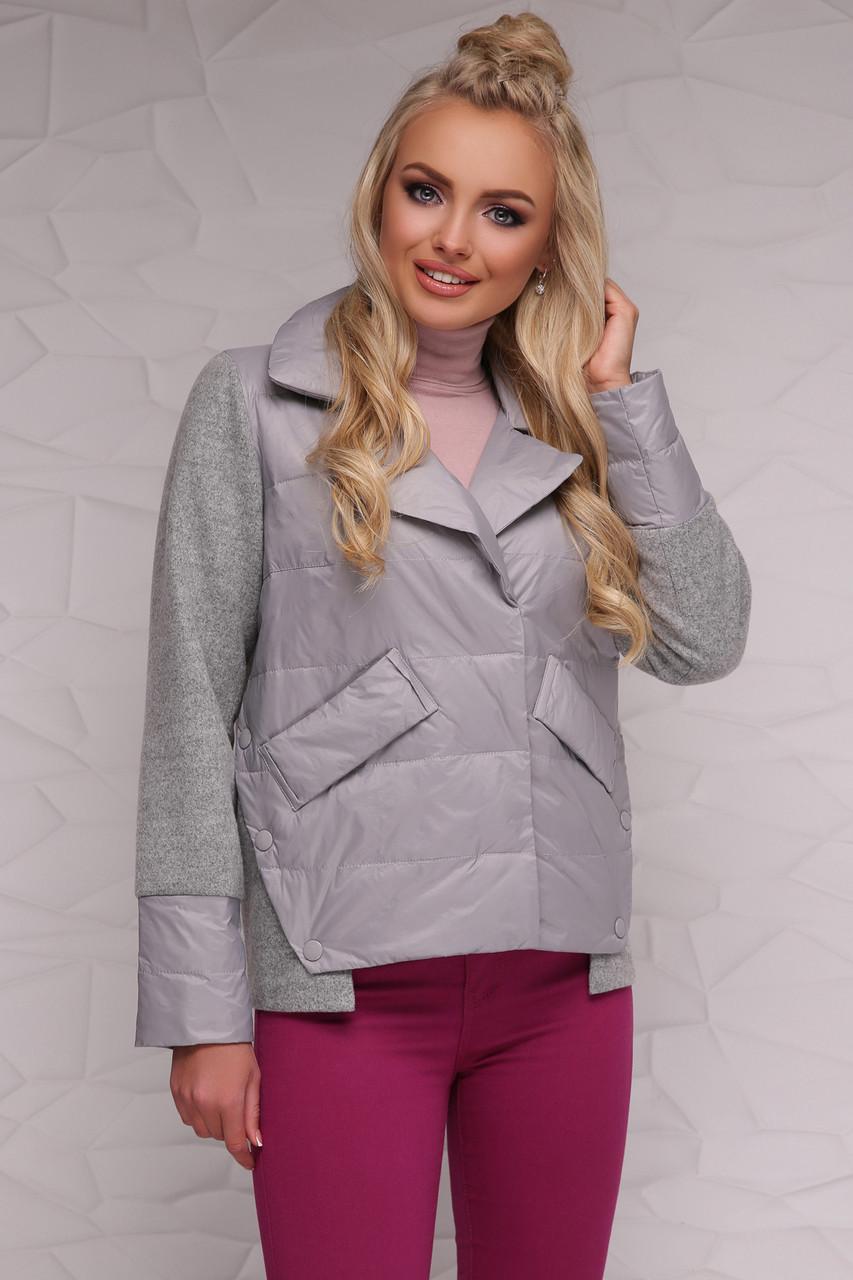 Женская короткая демисезонная куртка комбинированная с отложным воротником без капюшона серая 18-006