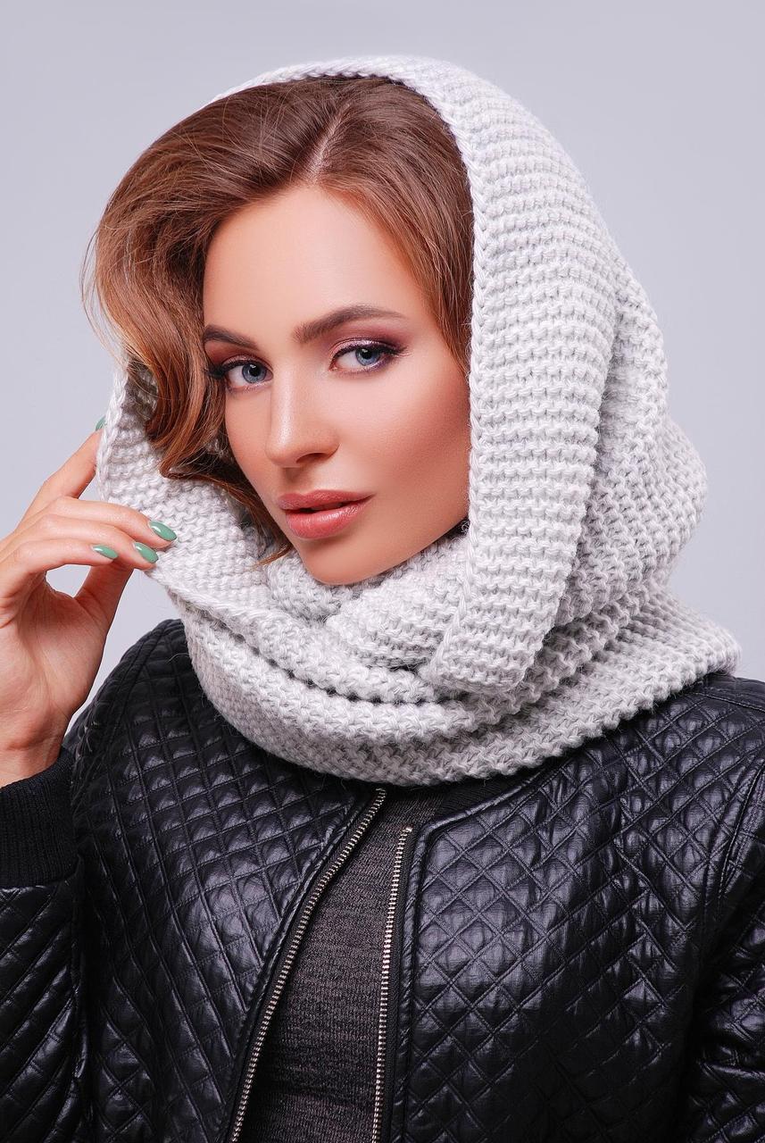 Вязаный женский теплый шарф-снуд однотонный светло-серый