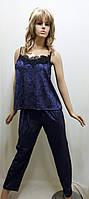 Пижама велюровая с брюками украшена французским кружевом 251