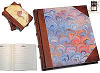 Красиво украшенная гостевая книга