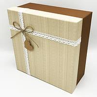 Коробка квадратная большая