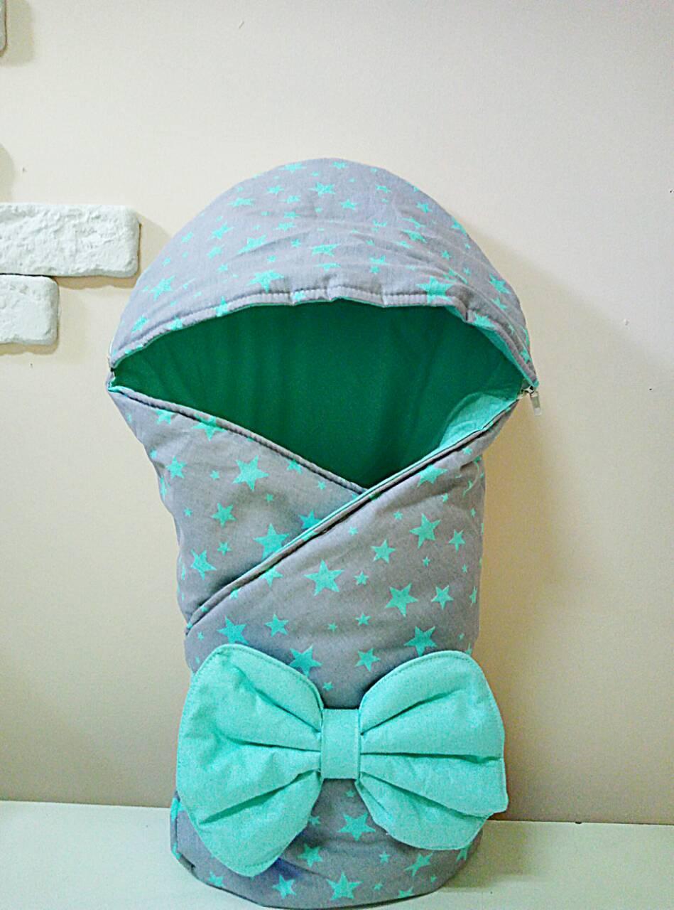 Теплый конверт-одеяло со съемным капюшоном на выписку зима 80х80см серо/бирюзовый звездочки
