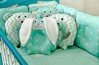 Детское постельное польская бязь защита на кроватку игрушки - подушки, зеленые зайки медведи бублики