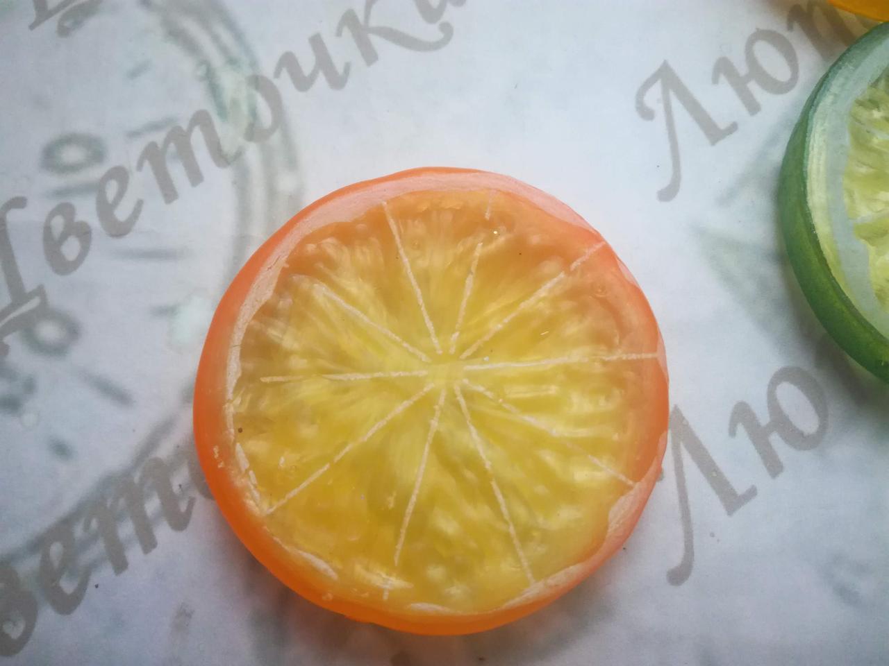 Долька апельсина для новогоднего декора