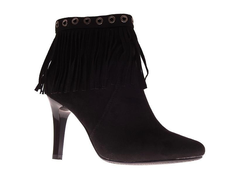 5ea8a2123 Красивые и популярные ботинки на каблуке с бахрамой от производителя ...