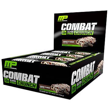 MusclePharm, Хрустящие батончики Combat с кремом, 12 батончиков по 2,22 унции (63 г)