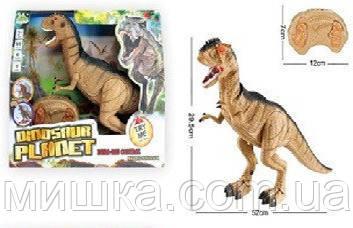 Динозавр на радиоуправлении RS6124A. 30*52 см. Ходит, крутит головой.