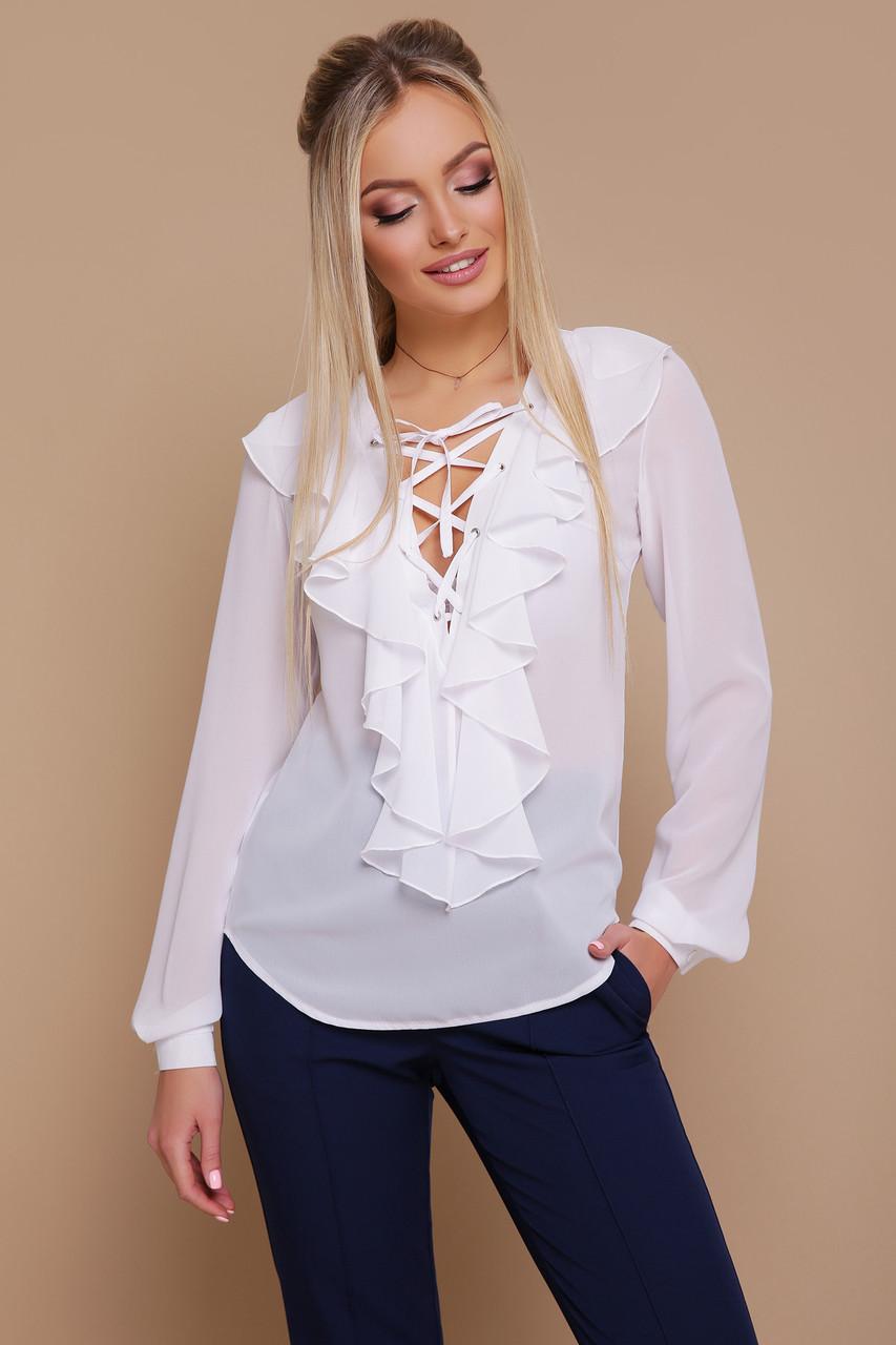 Нарядная шифоновая блузка с воланом белая