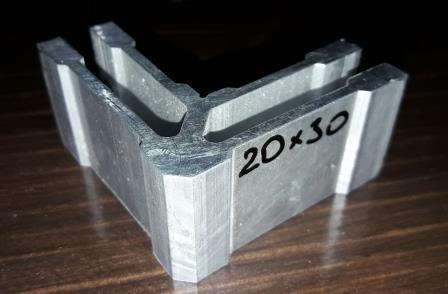 Кутове кріплення для труби прямокутної 20х30 мм