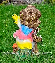 Садовая фигура Утенок путешественник средний, фото 3