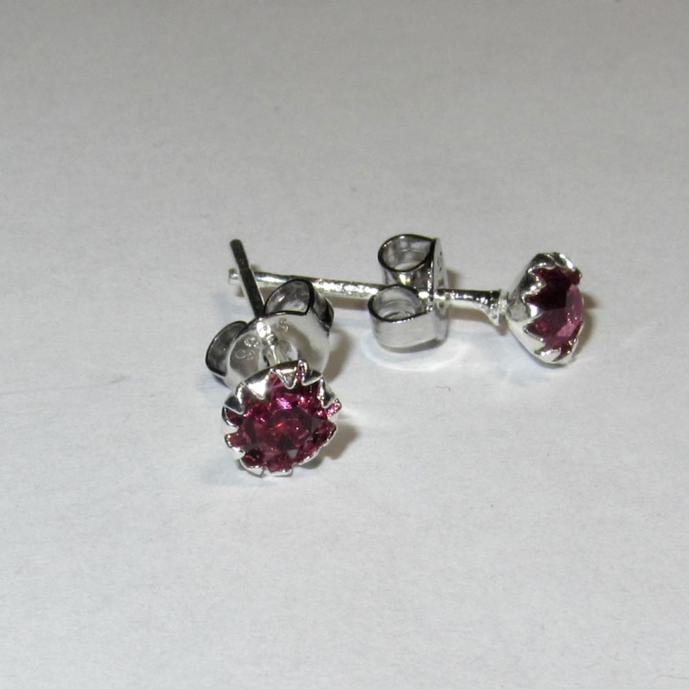 Серебряные серьги гвоздики розовые стерлинговое серебро 925 проба (1377)