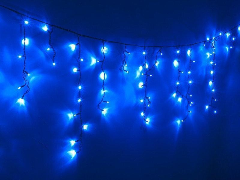 Гирлянда Уличная бахрома(сосульки) 200 LED5mm,5 метра 70/60/50 см,на черном проводе.синяя
