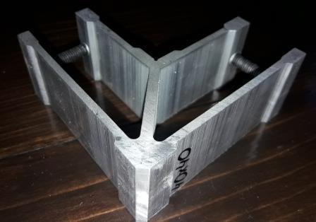 Стык угловой для трубы квадратной 40х40 мм