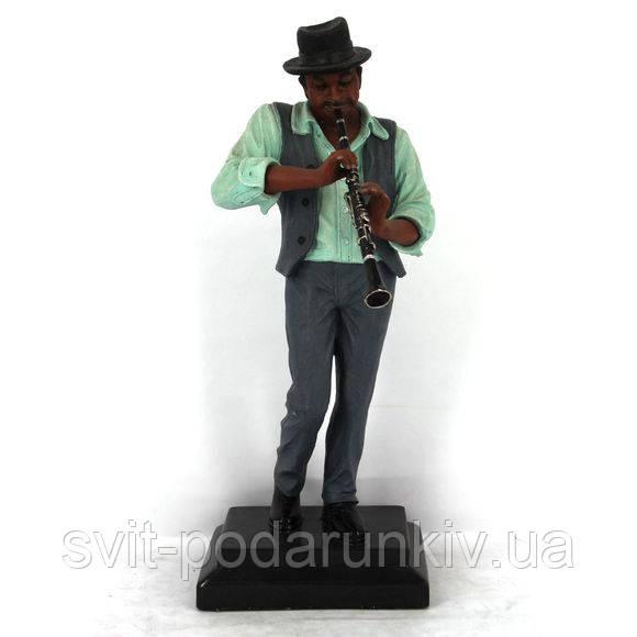 Статуэтка музыканта с кларнетом исполняющего джаз музыку S530