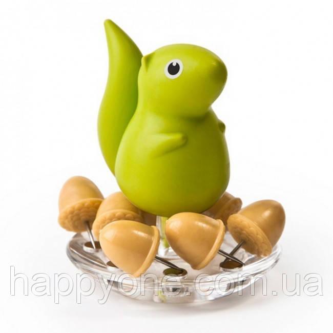 Держатель канцелярских кнопок Squirrel & Acorn Qualy