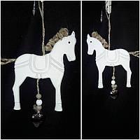 """Подвеска елочная """"Лошадка с металлическим сердечком"""", дерево, выс. 12 см., 50/40 (цена за 1 шт. + 10 гр.), фото 1"""