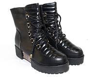 Необычные женские ботинки