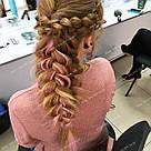 Нежно розовые пряди волос на заколках цветные, фото 2