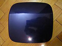 Лючок бензобака Mitsubishi space star синего цвета