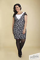 Черно-белое кружевное платье, украшенное камнями Swarovski от Lafei Nier