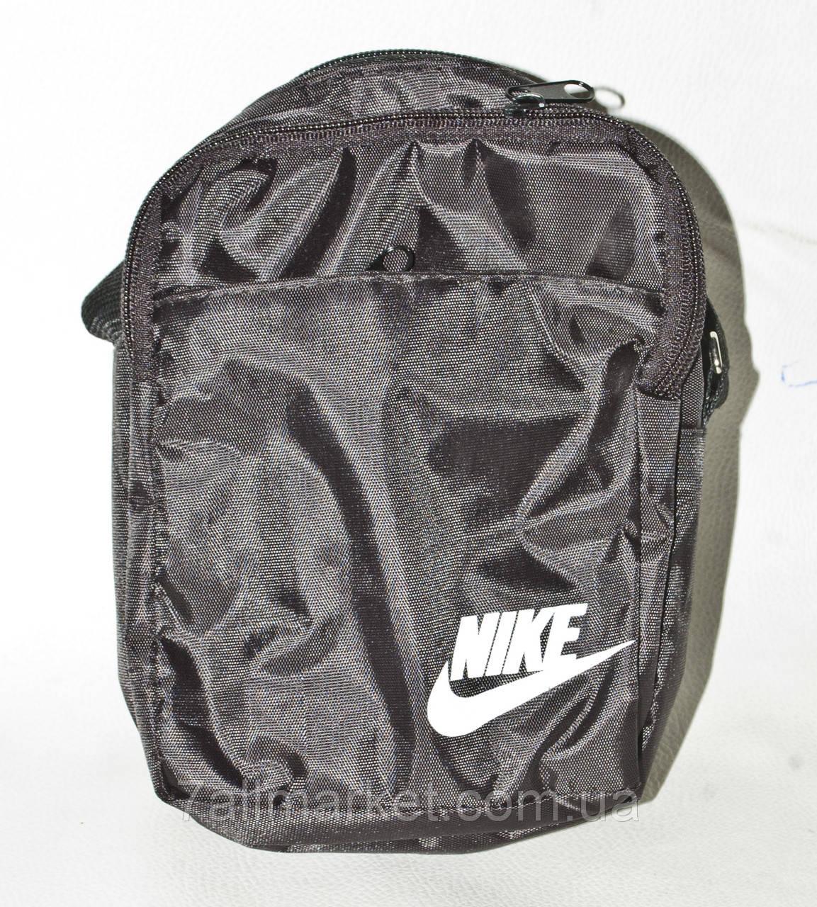 ce2f2804 Сумка спортивная Nike оригинальная размер 13*20 Серии