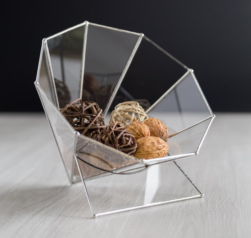 Стеклянная ваза креатив
