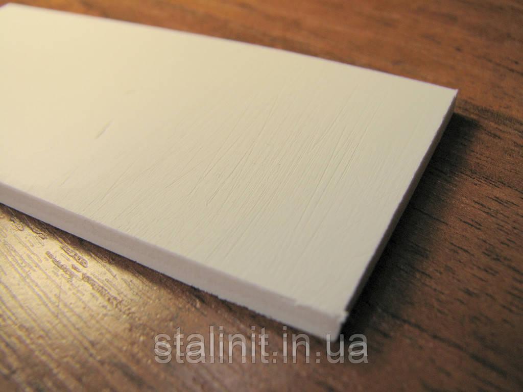 Белый ПВХ-пластик d=19 mm