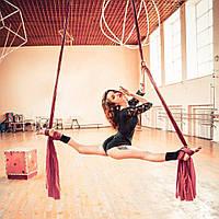 Занятия воздушной гимнастикой: польза, одежда, реквизит