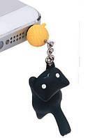 """Заглушка для аудио порта 3,5 мм """"Котёнок с клубком"""". Цвет: черный."""