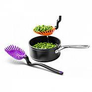 Многофункциональная кухонная ложка-шумовка Holey Spadle Dreamfarm (фиолетовая), фото 5