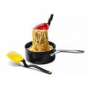 Многофункциональная кухонная ложка-шумовка Holey Spadle Dreamfarm (желтая), фото 5