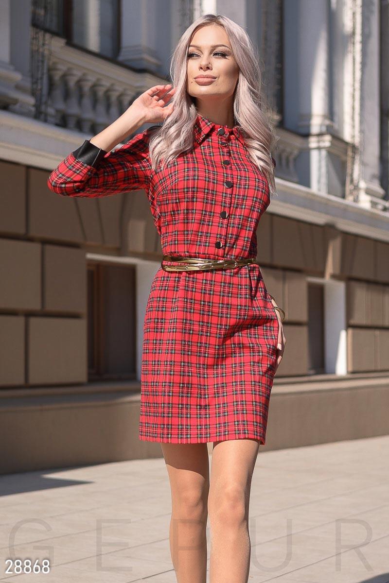 Красное платье-мини в клетку с поясом