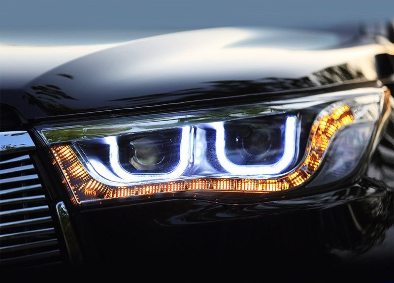 Передние фары LED тюнинг оптика Toyota Highlander XU50 (под ксенон)