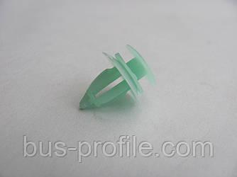 Клипса внутренней облицовки MB Sprinter (зелёная) — Autotechteile — ATT9810