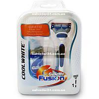 Мужской подарочный набор Gillette Fusion COOL WHITE  - станок на подставке, кассета, гель для бритья 75 мл