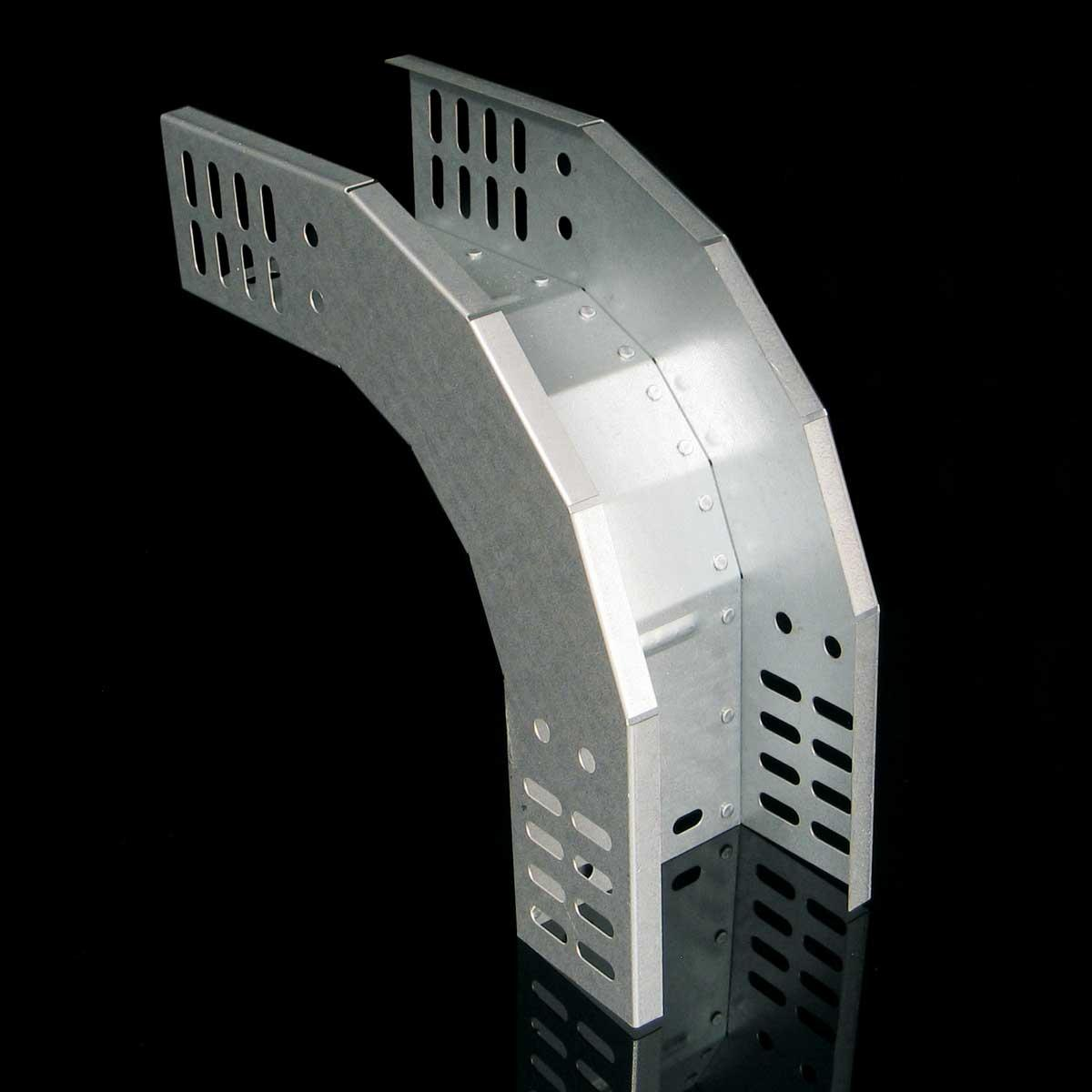Поворот вертикальний зовнішній 90 для лотка JUPITER; розміри-35x100x220mm Товщ. метал-0,8 Вага-0,45кг/м